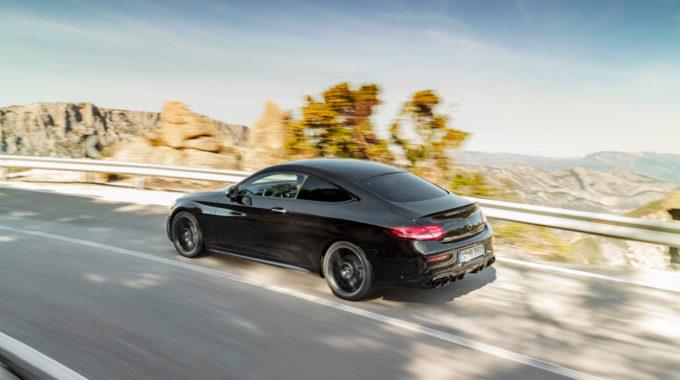 Mercedes-Benz C-Klasse: Weitere Modelle stehen ab Juli beim Händler. Foto: spothits/Daimler